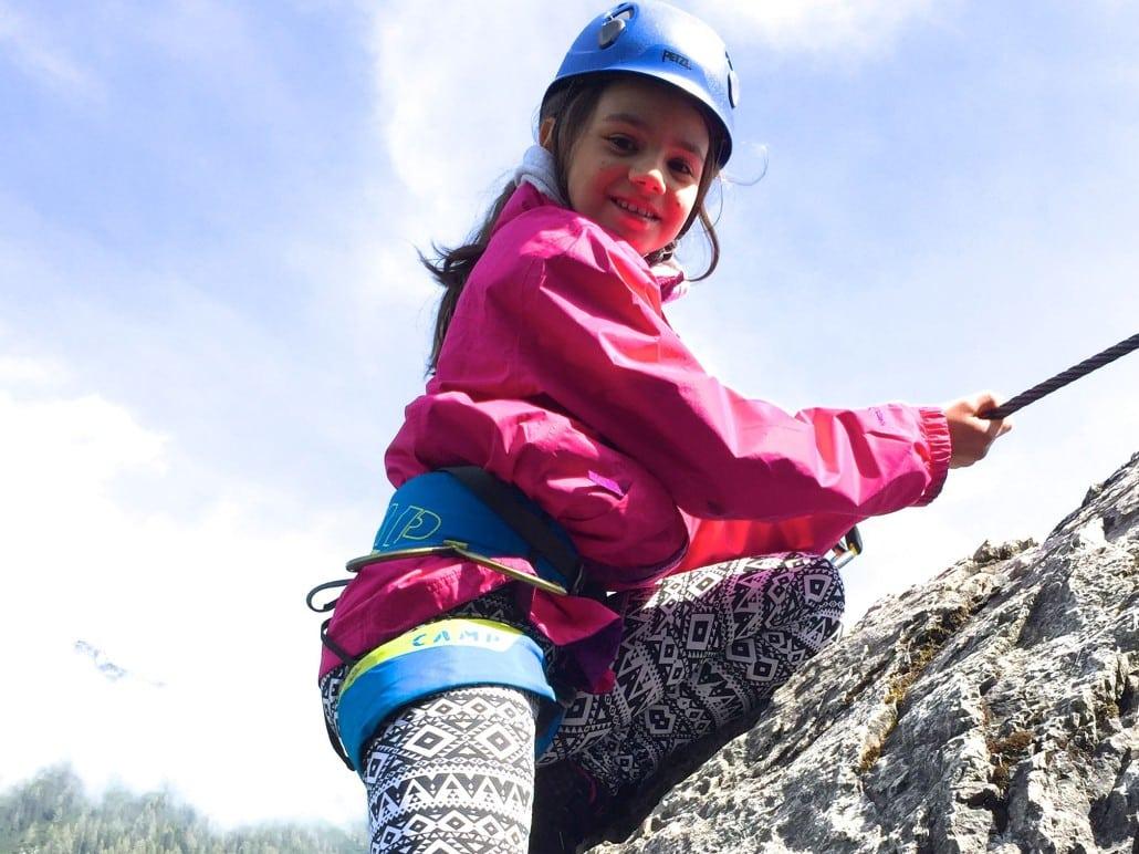 Klettersteig Equipment : Klettersteig ausrüstung gefahren kinder und anforderungen